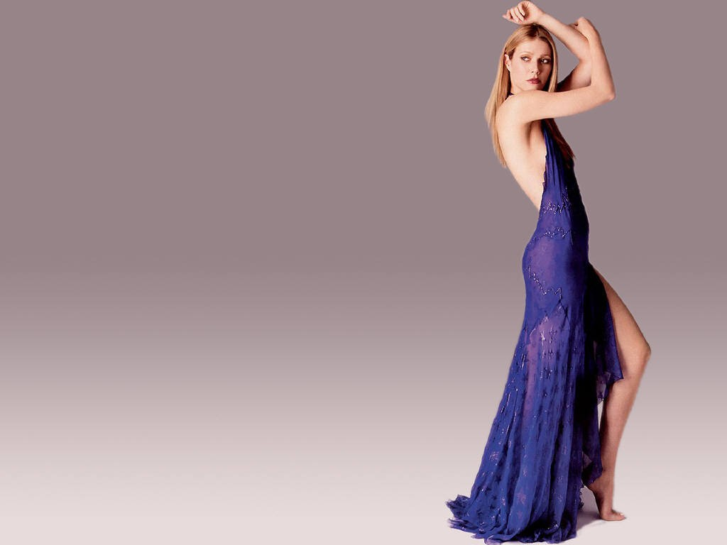 http://4.bp.blogspot.com/-tAfOX6Z0hIc/Tir6glylrFI/AAAAAAAACtk/aGsvywwpmIU/s1600/Gwyneth_Paltrow_wallpapers_blue_gown_look_cute_long_legs.jpg