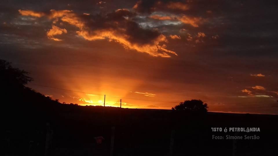 PROJETO 'ISTO É PETROLÂNDIA' Pôr do Sol em Petrolândia-PE, No Sertão de Itaparica