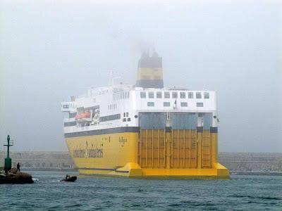 Mega Express Five ferry, Livorno