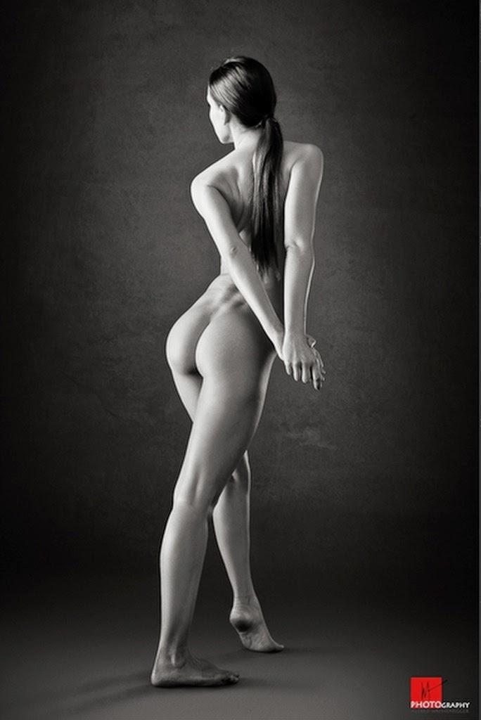 imagenes-artisticas-de-mujeres-de-espalda