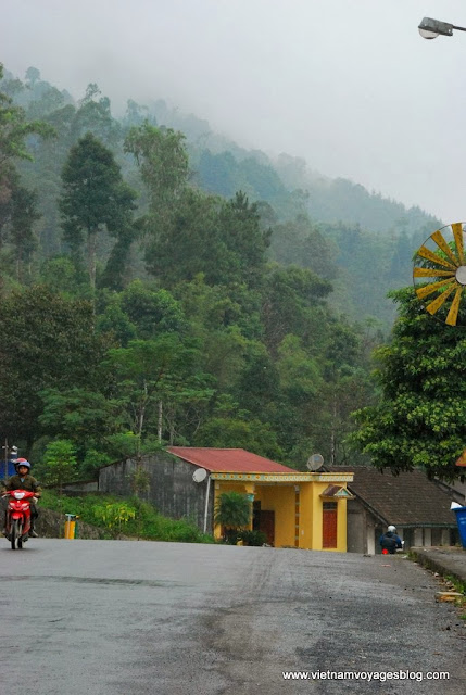 Le chemin de porte du ciel Quản Bạ - Photo An Bui