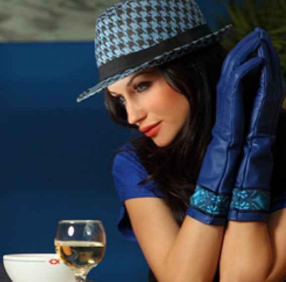 10 Artis Tercantik Bulgaria