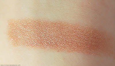 Mia Mariu Mineral Powder Bronzer in South Beach Swatch