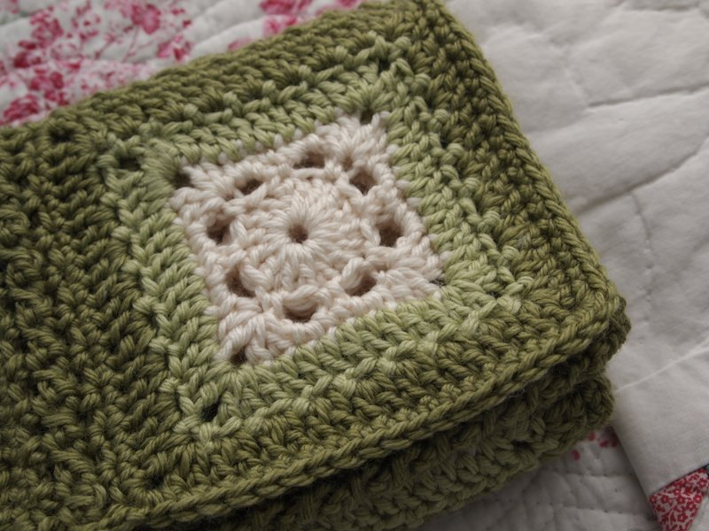 eco-granny throw | yarnaway: a crochet scrapbook