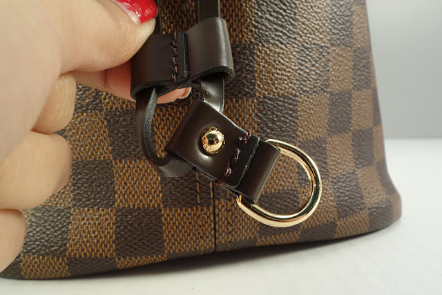 louis vuitton neverfull mm cinched. the leather piece that allows you to cinch bag slides up and down smoothly but is not loose so it will hold if it. stud only engraved louis vuitton neverfull mm cinched