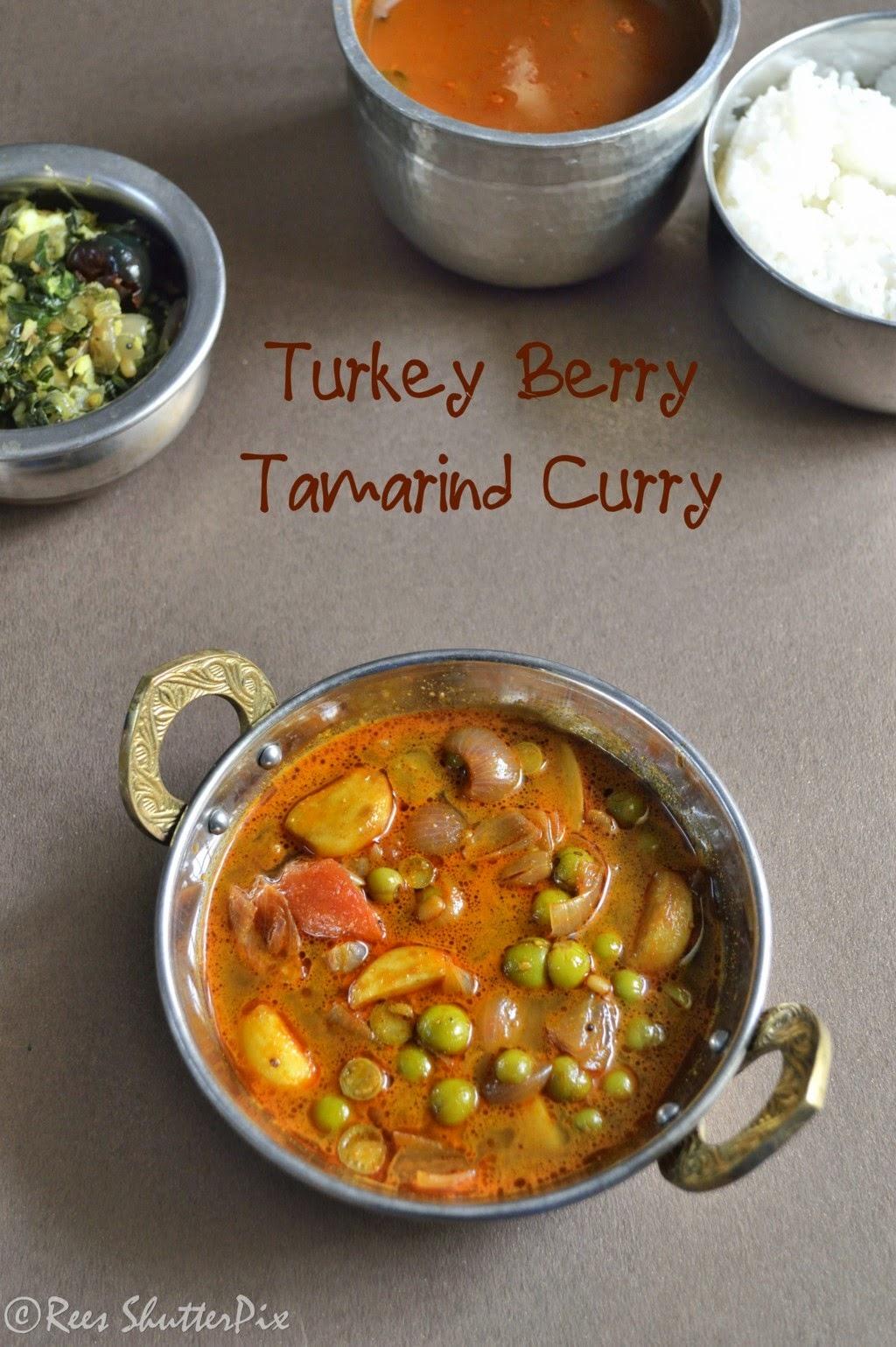 sundakkai puli kuzhambu recipe, sidedish for rice,  vathal kuzhambu recipe,vathal kulambu,vathal kuzhambu,sundakkai recipes,sundakkai vathal kuzhambu,south indian kuzhambu recipe,recipes,puli kuzhambu, turkey berry tamarind curry recipe, turkey berry recipes. chundakkai recipes