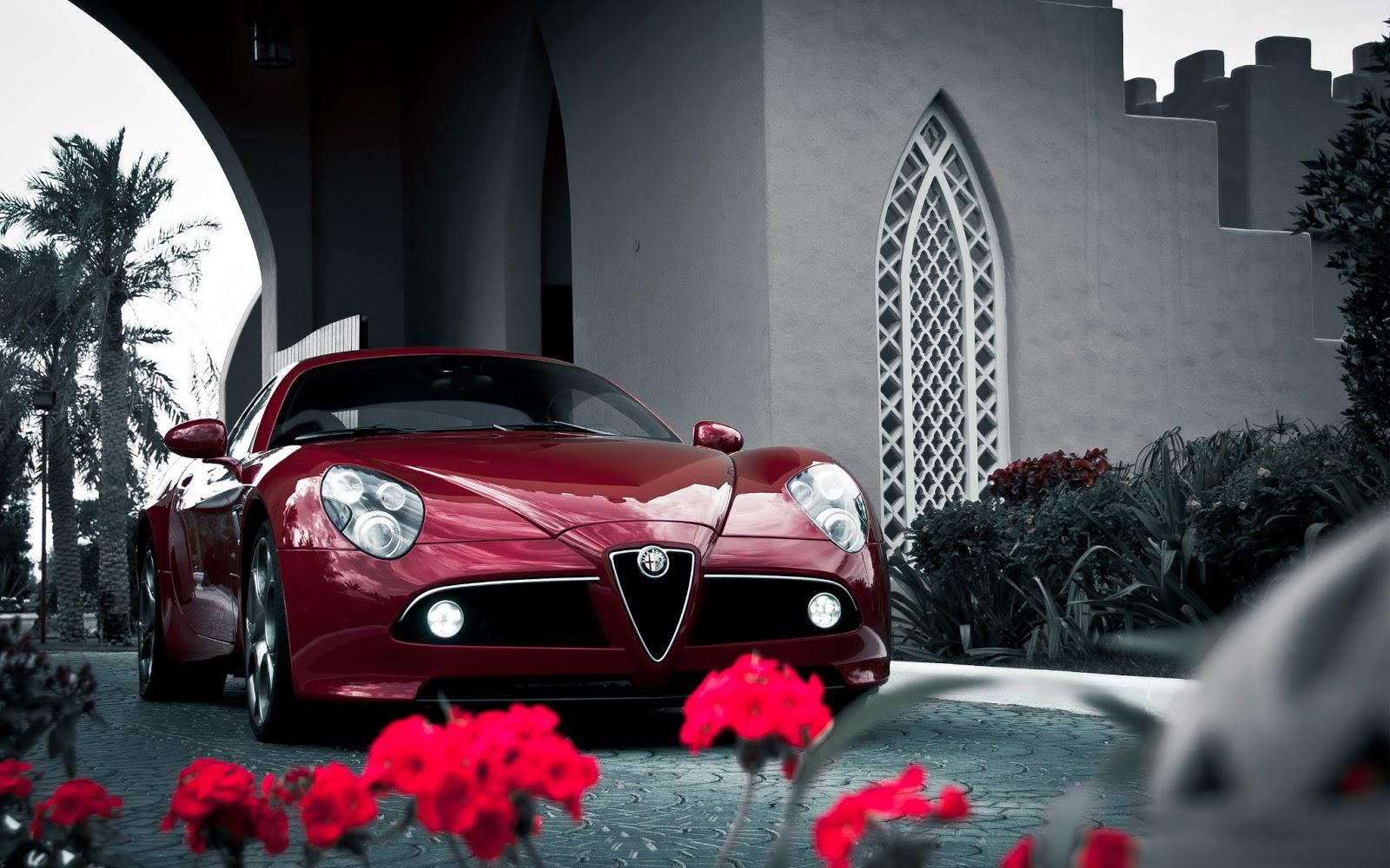 http://4.bp.blogspot.com/-tC2Kz_EJDP0/UQU4ugmfXbI/AAAAAAAAQlM/oRUyayWCCdA/s1600/alfa_romeo_8c_competizione_sports_car-wide.jpg