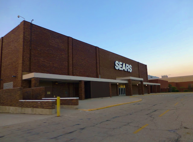 Sears has stores throughout Georgia. Stop by a Sears in Georgia to find the latest appliances for a connected home. From smart TVs to thermostats, you can find products that make your life easier, even when you're away from home.