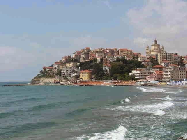 Der Strand von Porto Maurizio