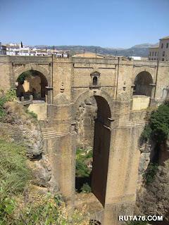 el puente nuevo de Ronda en malaga