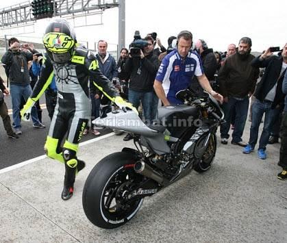 Motor Rossi 2013 Yamaha YZR M1
