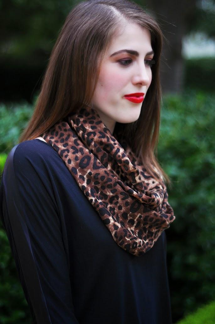 Old Navy Womens Leopard Print Gauze Scarves - Leopard