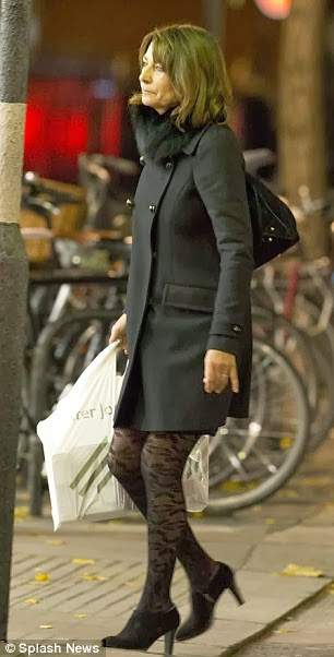 carole middleton patterned tights