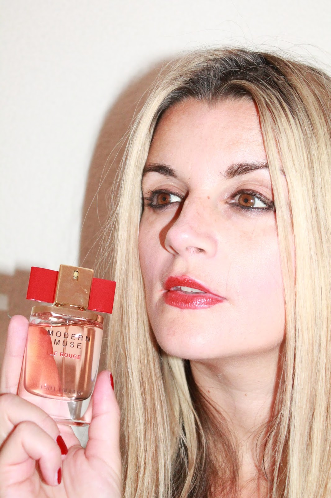 My Sweet Valentine Modern Muse Le Rouge The New Feminine Fragrance Estee Lauder Chic For Women Edp 100ml With Such A Sophisticated Floral Scent But Some Undertones It Is Really Perfect Day And Night