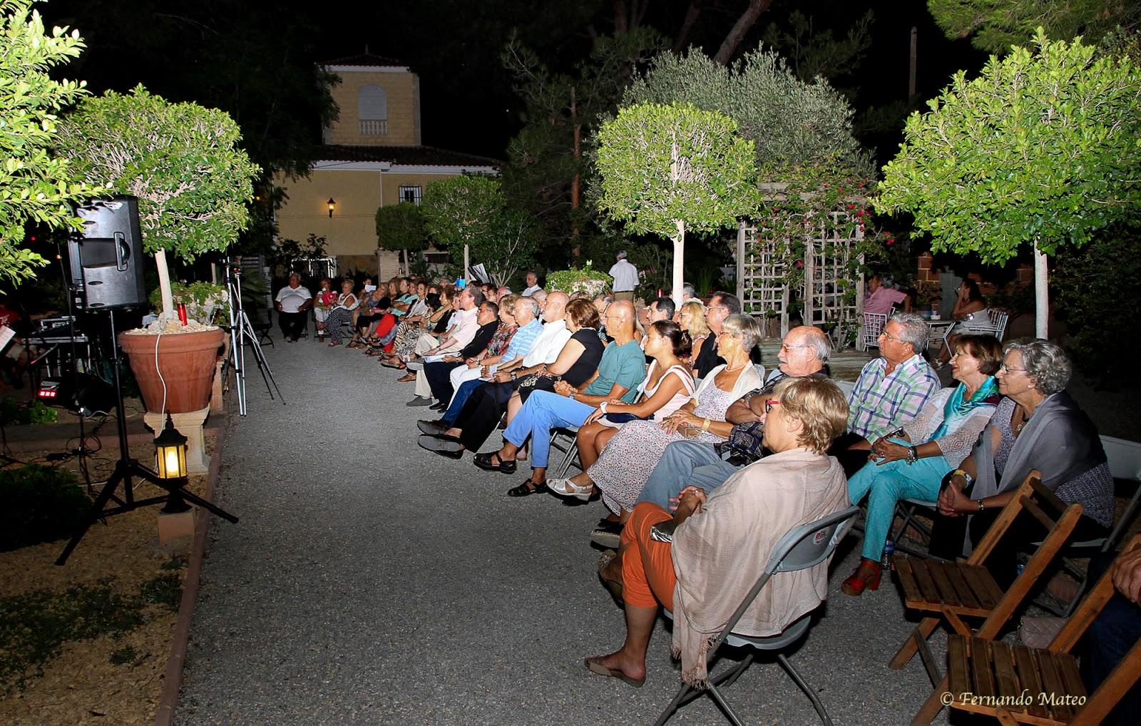 Asociaci n de artistas alicantinos la noche del canto la for El jardin romantico