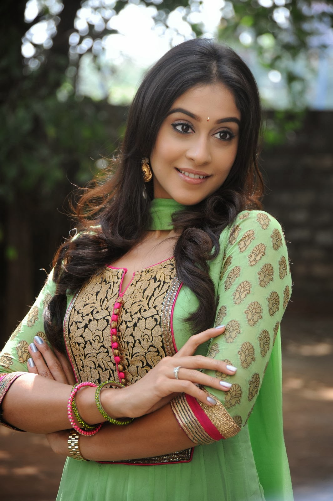 Gorgeous Regina cassandra photos in green salwar kameez, Bollywood, Tollywood, ornamental, sexy actress, curvy, pic collection, image gallery