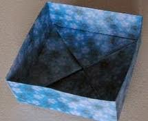 http://translate.googleusercontent.com/translate_c?depth=1&hl=es&prev=search&rurl=translate.google.es&sl=en&u=http://nuno-runo.blogspot.com.es/2009/10/origami-box-2.html&usg=ALkJrhgUXhiww-Wfz_hjNsJx8NT2BjwYGg