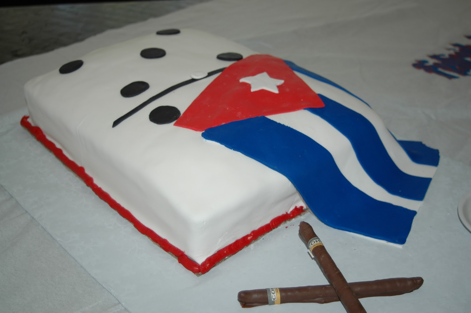 Roxys Sweets Giant Domino Cake