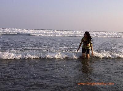OMBAK di Pantai Parangtritis Yogyakarta