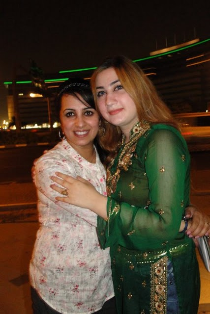 Farzana Naz Hot