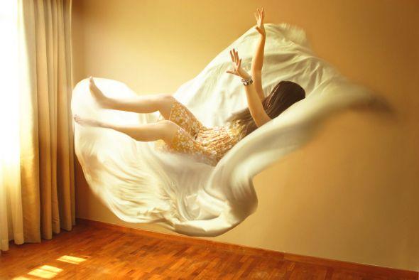 Kylie Woon fotografia photoshop surreal solidão melancolia Caindo
