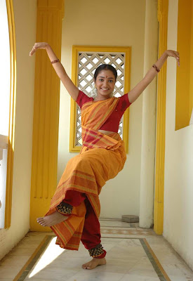 Tamil Actress Maya Unni in Orange Saree Photos