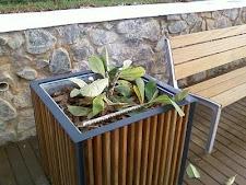 Dois dias após a inauguração as plantas do mirante foram destruídas. Isso é uma vergonha!