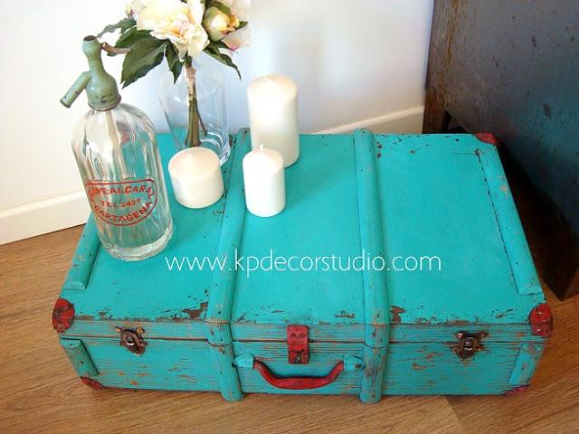 maleta vintage cubana color turquesa verano