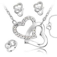 Swarovski šperky - souprava náušnic, přívěsku, náramku a prstýnku