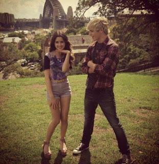 Veja novas fotos do Ross Lynch e da Laura Marano na Austrália que
