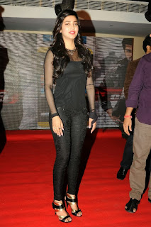 Shruti Han in black leggings Tight Transparent Black Tank Top at Yevadu Movie Mobile App Launch