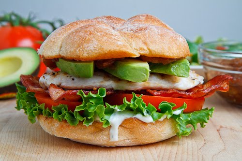 Grilled+Chicken+Club+Sandwich+with+Avocado+and+Chipotle+Caramelized ...