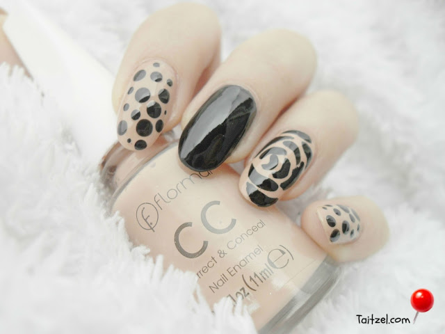 Manichiura clascica cu model trandafir dots and roses nail art