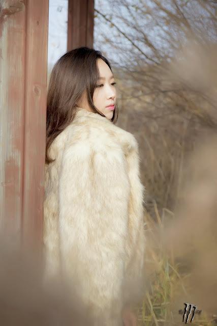 5 Shin Hae Ri outdoor - very cute asian girl-girlcute4u.blogspot.com