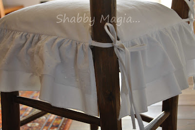 Shabby magia assolutamente vintage for Cuscini per sedie stile shabby