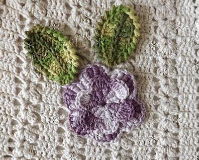 Flor de Crochê em ponto rococó