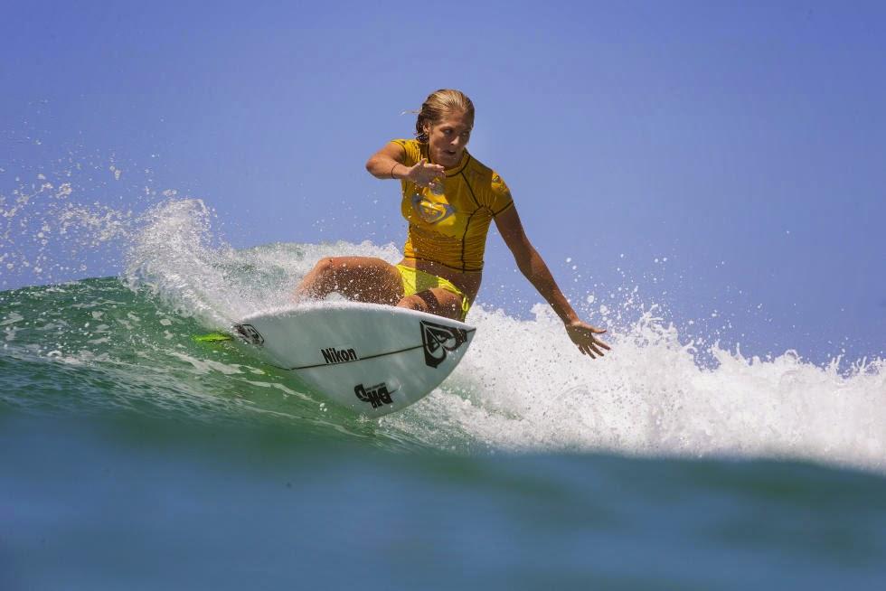 59 Roxy Pro Gold Coast 2015 Stephanie Gilmore Foto WSL Kelly Cestari