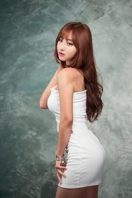 Mina Korean Model Sexy White Dress