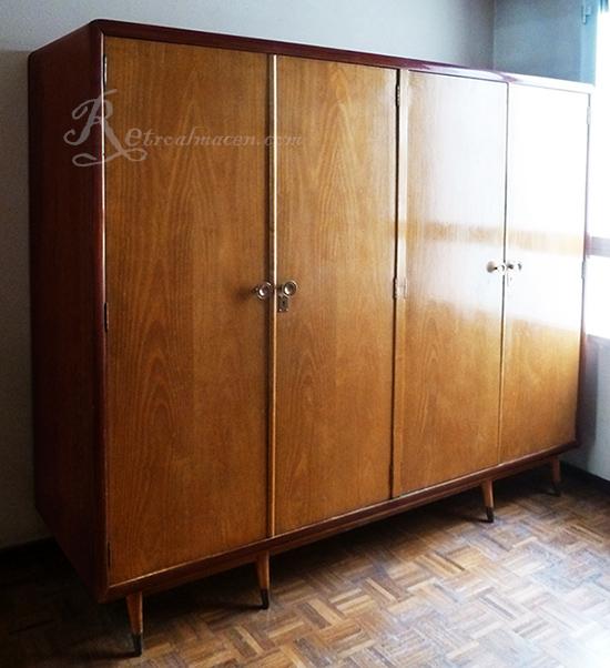 Retroalmacen tienda online de antig edades vintage y decoraci n impresionante armario - Armario ropero antiguo ...