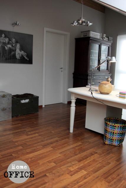 Ein schweizer garten zuhause arbeiten - Wandfarbe greige ...