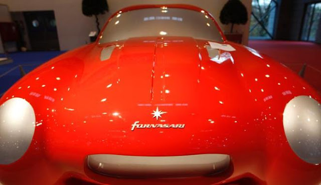 Gambar Mobil Modifikasi Modern Essen Motor Show 2