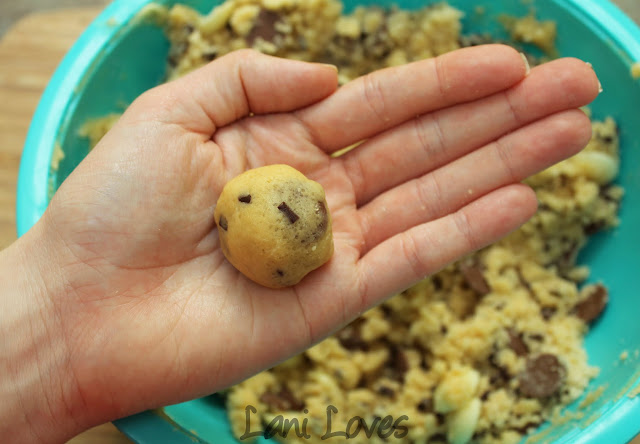 Mum's Chocolate Chip Cookies with Chelsea Raw Sugar