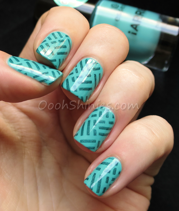 Essence Macarena Mint with A England Saint George and DRK Nails Cobogo 2