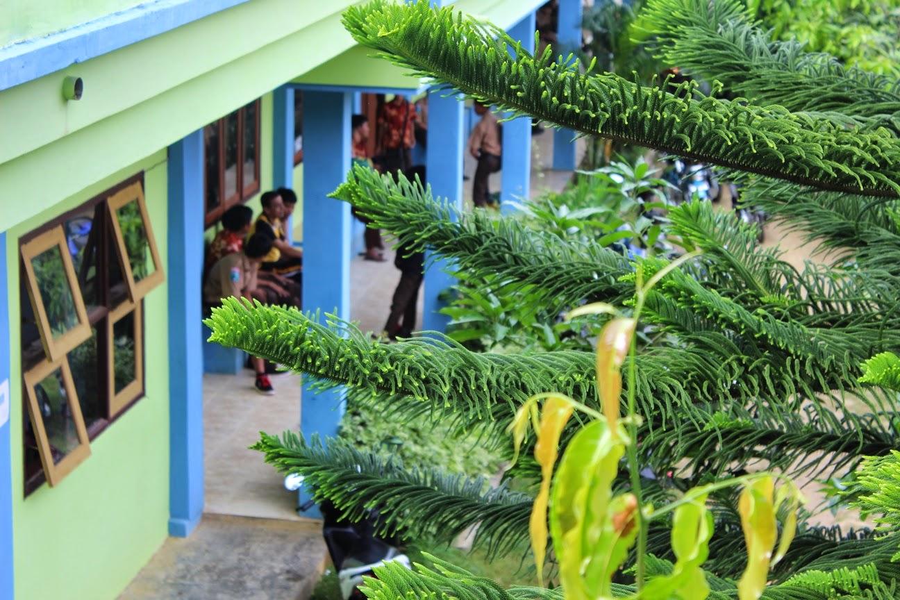Bersantai Dengan Jajanan Murah Mengenyangkan - SMK Negeri 1 Pakong