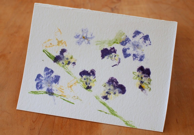how to incorporate flower pounding into stationary
