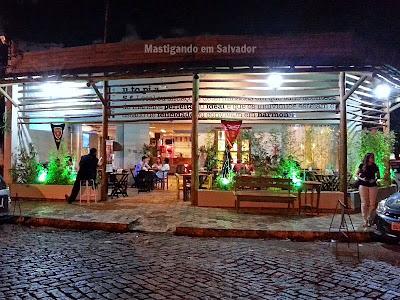 Utopia Resto-Bar: Fachada