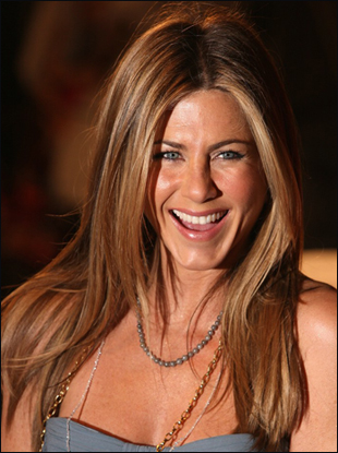 jennifer aniston long straight hair. Jennifer Blowout: Straight