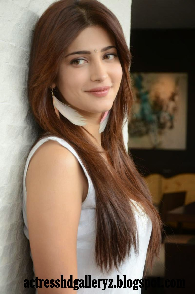 S, Shruti Hassan, Shruti Hassan Hot pics, HD Actress Gallery, latest Actress HD Photo Gallery, Latest actress Stills, Telugu Movie Actress, Tollywood Actress, Indian Actress, Actress, Beautiful pics,