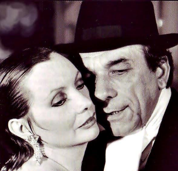 """* """"Gloria y Eduardo, El abrazo eterno"""""""
