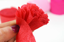 How to make out of streamer paper roses vtwctr how to make crepe paper streamer flowers mightylinksfo